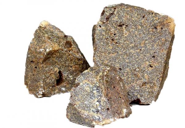 98二钙电熔镁砂